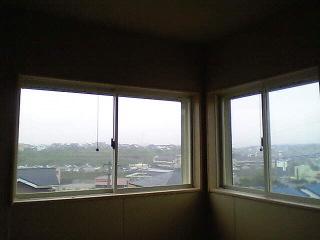 おうち作り…見晴らしの窓
